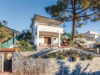 2 bedroom Villa in Sant Cebria de Vallalta, Catalonia, Spain : ref 5549815