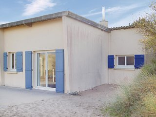 2 bedroom Villa in Anneville-sur-Mer, Normandy, France : ref 5522342