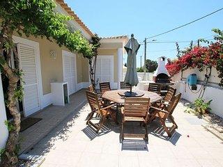 4 bedroom Villa in Praia do Carvoeiro, Faro, Portugal - 5238860