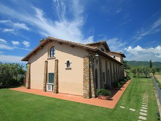 2 bedroom Apartment in Ponti di Badia, Tuscany, Italy : ref 5555196