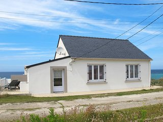 3 bedroom Villa in Cleder, Brittany, France : ref 5438059