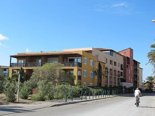 1 bedroom Apartment in Cogolin, Provence-Alpes-Cote d'Azur, France : ref 5479021