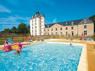 1 bedroom Apartment in Erdeven, Brittany, France : ref 5537140