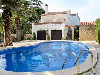 Ferienhaus mit Pool (TDM170)