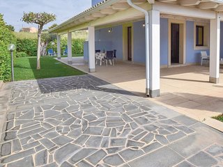 3 bedroom Villa in Marina di Modica, Sicily, Italy : ref 5624404