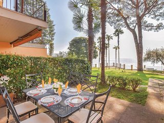 2 bedroom Apartment in Gardone Riviera, Lombardy, Italy : ref 5606271