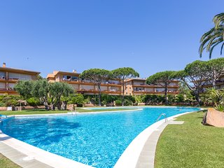 2 bedroom Apartment in Calella de Palafrugell, Catalonia, Spain : ref 5223616