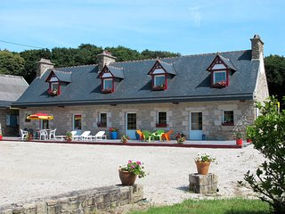 3 bedroom Villa in Plougonven, Brittany, France : ref 5438248