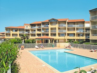 1 bedroom Apartment in Valras-Plage, Occitania, France : ref 5642282
