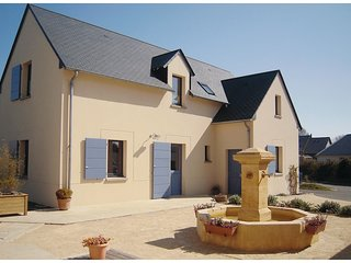 2 bedroom Villa in Carolles, Normandy, France : ref 5539309