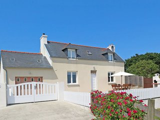 3 bedroom Villa in Lanros, Brittany, France : ref 5650343
