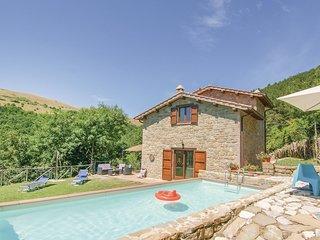 2 bedroom Villa in Sant'Ubaldo, Umbria, Italy : ref 5549268