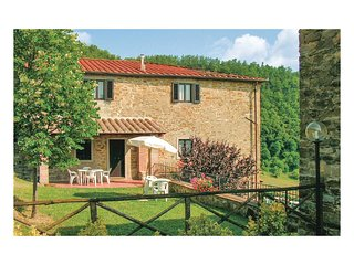 3 bedroom Villa in Dicomano, Tuscany, Italy : ref 5540251