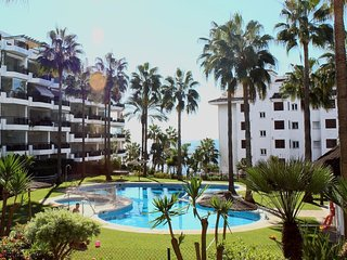 Beachfront prestigious 'Mi Capricho' complex