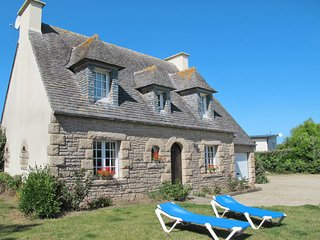 3 bedroom Villa in Kervaliou, Brittany, France : ref 5649825