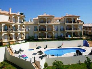 2 bedroom Apartment in Albufeira, Faro, Portugal : ref 5455833