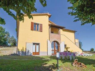 4 bedroom Villa in Pistrino di Mezzo, Umbria, Italy : ref 5541064