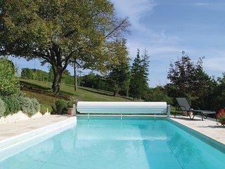 2 bedroom Villa in Dompierre-sur-Mer, Nouvelle-Aquitaine, France : ref 5607109
