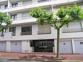 1 bedroom Apartment in Saint-Jean-de-Luz, Nouvelle-Aquitaine, France : ref 55190