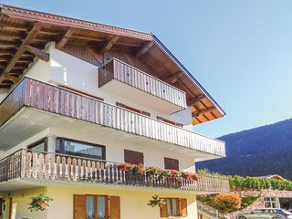 3 bedroom Apartment in Molveno, Trentino-Alto Adige, Italy : ref 5551902