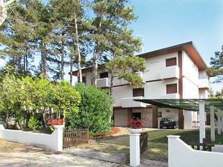 2 bedroom Apartment in Bibione, Veneto, Italy : ref 5434186