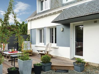 3 bedroom Villa in Beg-Meil, Brittany, France : ref 5522061