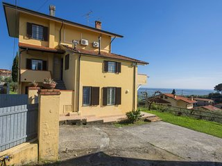 3 bedroom Apartment in Pieve a Elici, Tuscany, Italy : ref 5550322