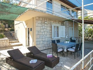2 bedroom Villa in Potirna, Dubrovačko-Neretvanska Županija, Croatia : ref 55632