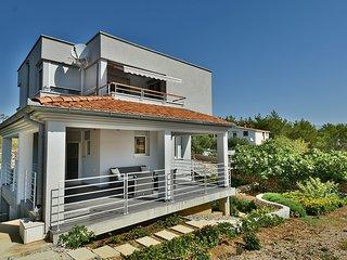2 bedroom Villa in Vrsi, Zadarska Zupanija, Croatia : ref 5532640