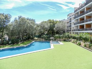 2 bedroom Apartment in Porto-Vecchio, Corsica, France : ref 5583625