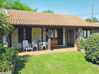 2 bedroom Villa in Mimizan-Plage, Nouvelle-Aquitaine, France : ref 5541599