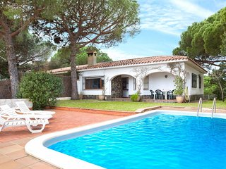 3 bedroom Villa in Lloret de Mar, Catalonia, Spain : ref 5667348