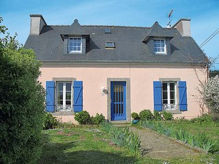 3 bedroom Villa in Camaret-sur-Mer, Brittany, France : ref 5438079