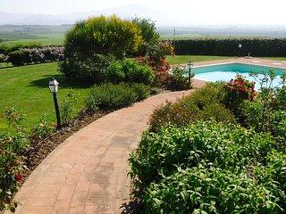 9 bedroom Villa in Cortona, Tuscany, Italy : ref 5247561