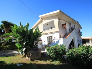 4 bedroom Villa in Fanusa, Sicily, Italy : ref 5557869
