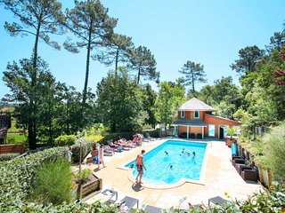 2 bedroom Apartment in Messanges, Nouvelle-Aquitaine, France : ref 5653030