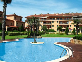 2 bedroom Apartment in Mas Pinell, Catalonia, Spain : ref 5435540