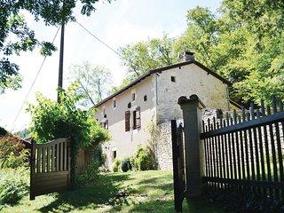 3 bedroom Villa in Saint-Front-la-Riviere, Nouvelle-Aquitaine, France : ref 5565