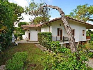 3 bedroom Apartment in Lignano Riviera, Friuli Venezia Giulia, Italy : ref 54345