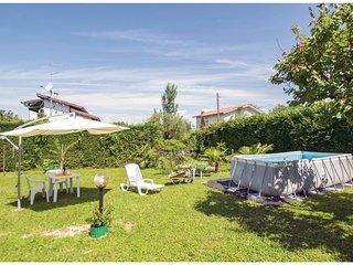 2 bedroom Apartment in Vanon, Veneto, Italy : ref 5567007