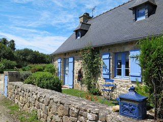 2 bedroom Villa in Gaoulac'h, Brittany, France : ref 5650221