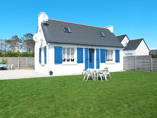 2 bedroom Villa in Keringar, Brittany, France : ref 5438346