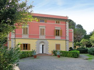 2 bedroom Apartment in Rosignano Solvay-Castiglioncello, Tuscany, Italy : ref 54