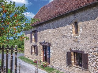 2 bedroom Villa in Mazerac, Nouvelle-Aquitaine, France - 5543722