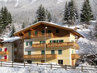 2 bedroom Apartment in Soraga, Trentino-Alto Adige, Italy - 5655200