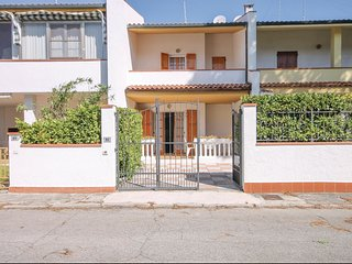 3 bedroom Villa in Lido delle Nazioni, Emilia-Romagna, Italy : ref 5539722