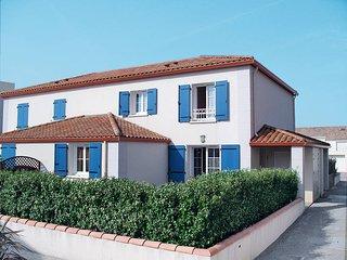 3 bedroom Apartment in Bretignolles-sur-Mer, Pays de la Loire, France : ref 5448
