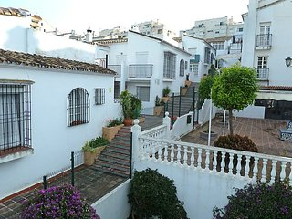 2 bedroom Apartment in Benalmádena, Andalusia, Spain - 5558322