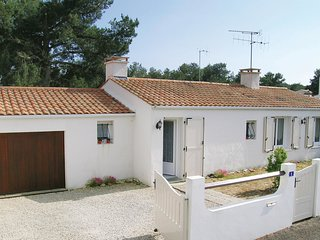 3 bedroom Villa in LAiguillon-sur-Mer, Pays de la Loire, France : ref 5539486