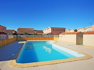 2 bedroom Apartment in Gruissan-Plage, Occitania, France : ref 5580430
